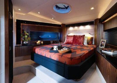 64 Sunseeker yacht master cabin