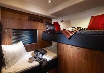 64 Sunseeker yacht twin beds
